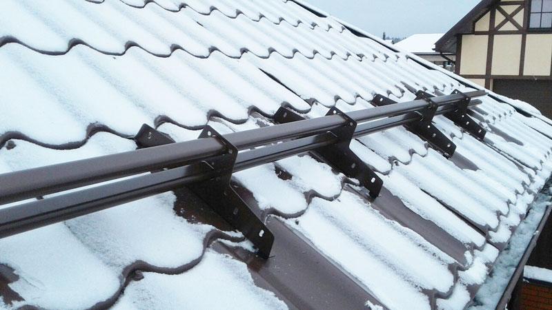 snego derjateli1 1 - Заказать монтаж снегозадержателей