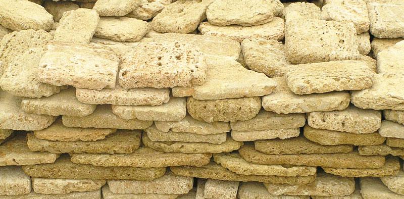 Известняк или ракушечник - природный камень для отделки фасада дома