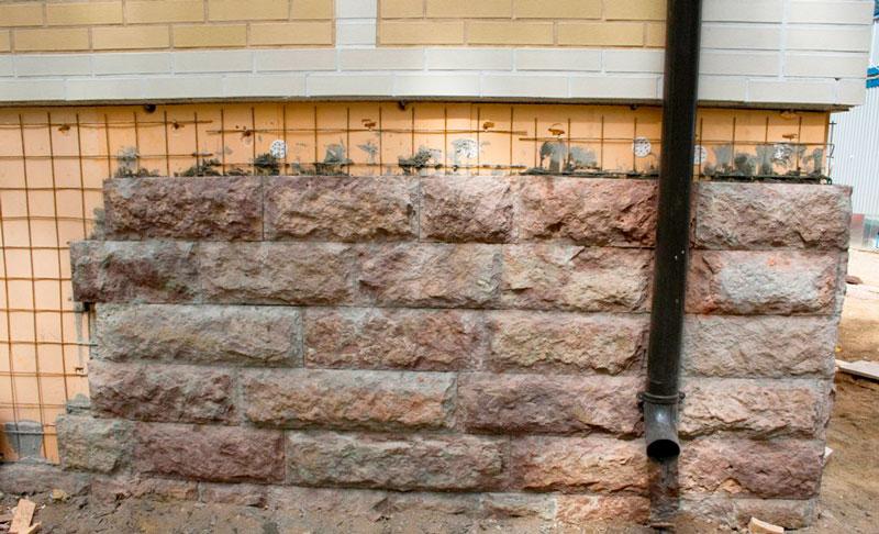 Монтаж натурального облицовочного камня