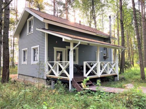 Do9O1UgR4v8 - Строительство финского домика - коттеджный поселок