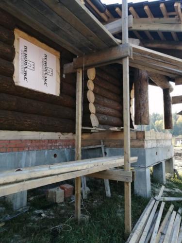 okr sr10 - Окрашивание сруба дома в Ленинградской области