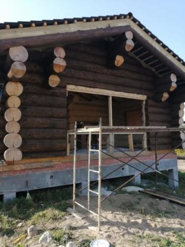 okr sr6 - Окрашивание сруба дома в Ленинградской области