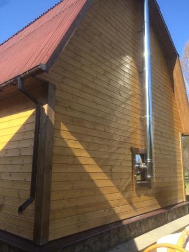 2 - Внешняя отделка имитатором бревна, утепление фасада, отделка цоколя и оконных рам