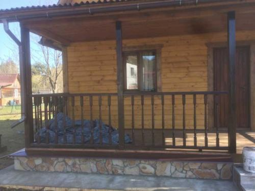 5 - Внешняя отделка имитатором бревна, утепление фасада, отделка цоколя и оконных рам