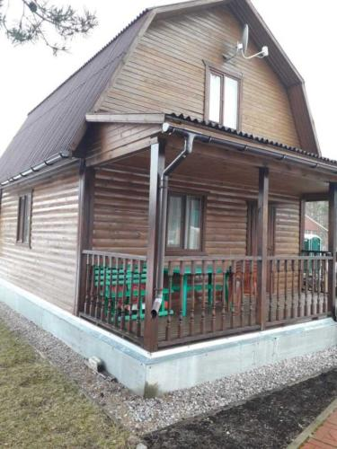 8 - Внешняя отделка имитатором бревна, утепление фасада, отделка цоколя и оконных рам